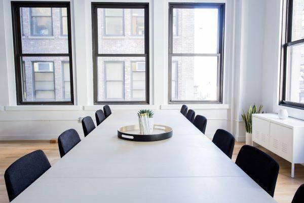 jak wybrać salę konferencyjną